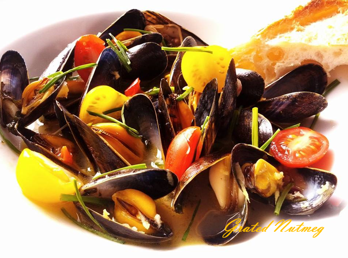 Mussels in Spicy White Wine Sauce