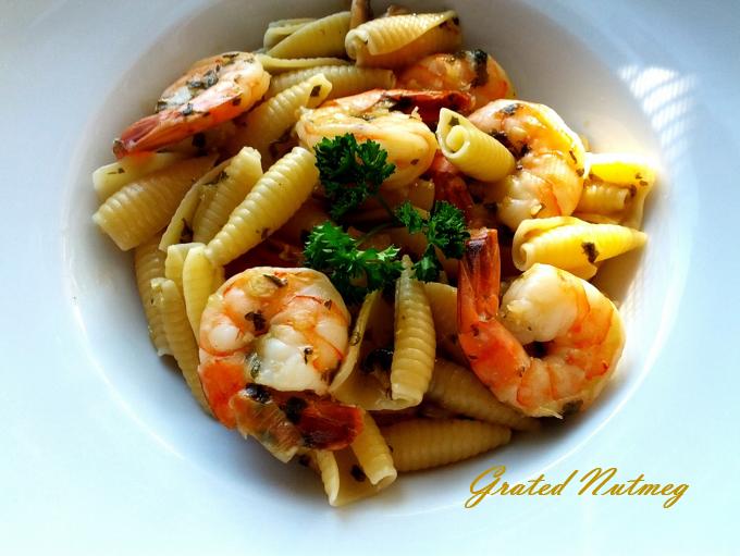 Castellane Pasta in Mushroom-Shrimp Sauce