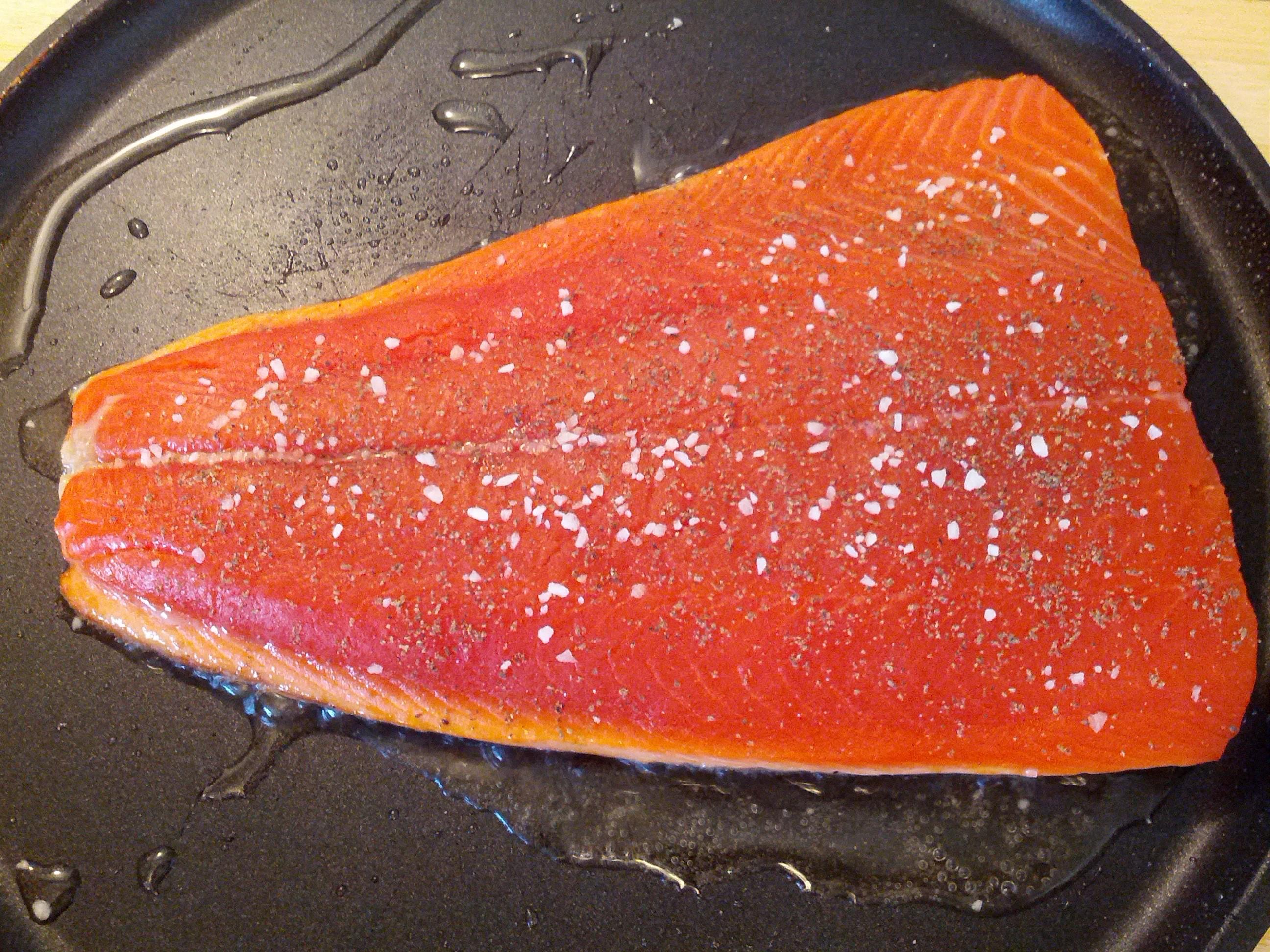 Pan Seared Salmon – Grated Nutmeg