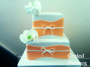 wedding cake with magnolia