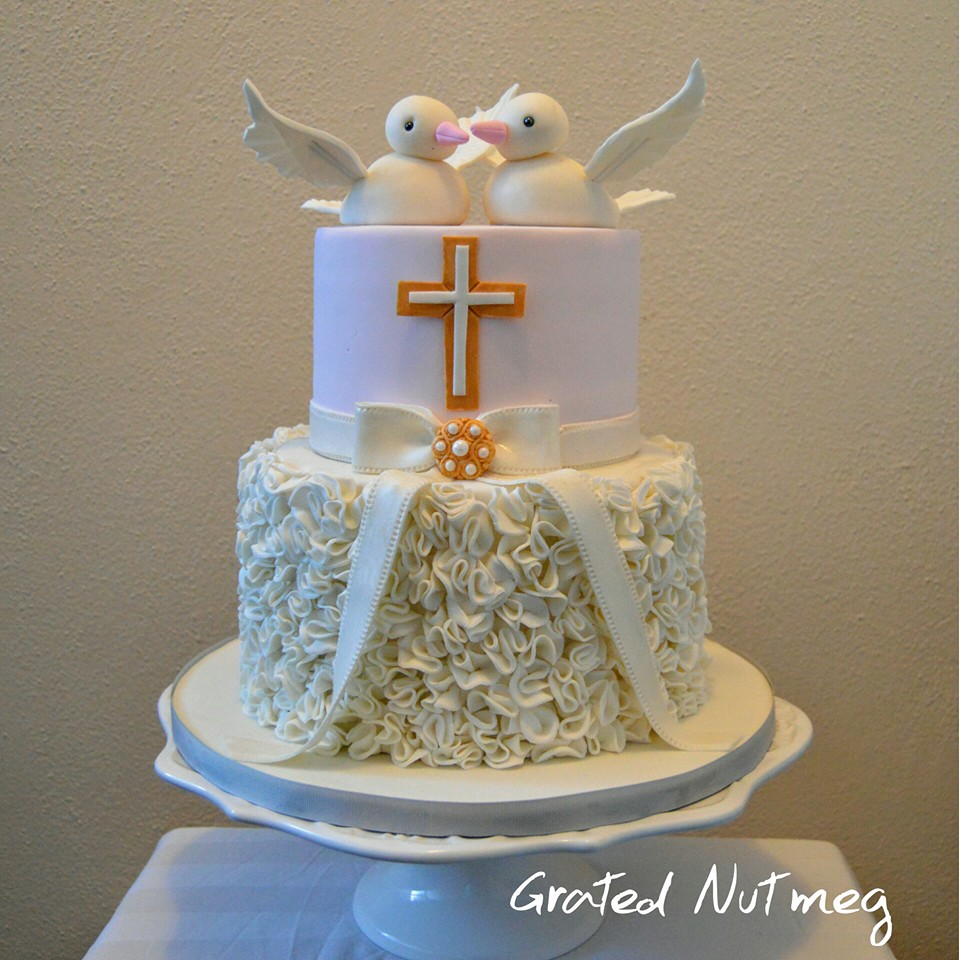 Cake Designs For Baby Dedication : The Making of a Baby Dedication Cake with Dove Toppers   Grated Nutmeg