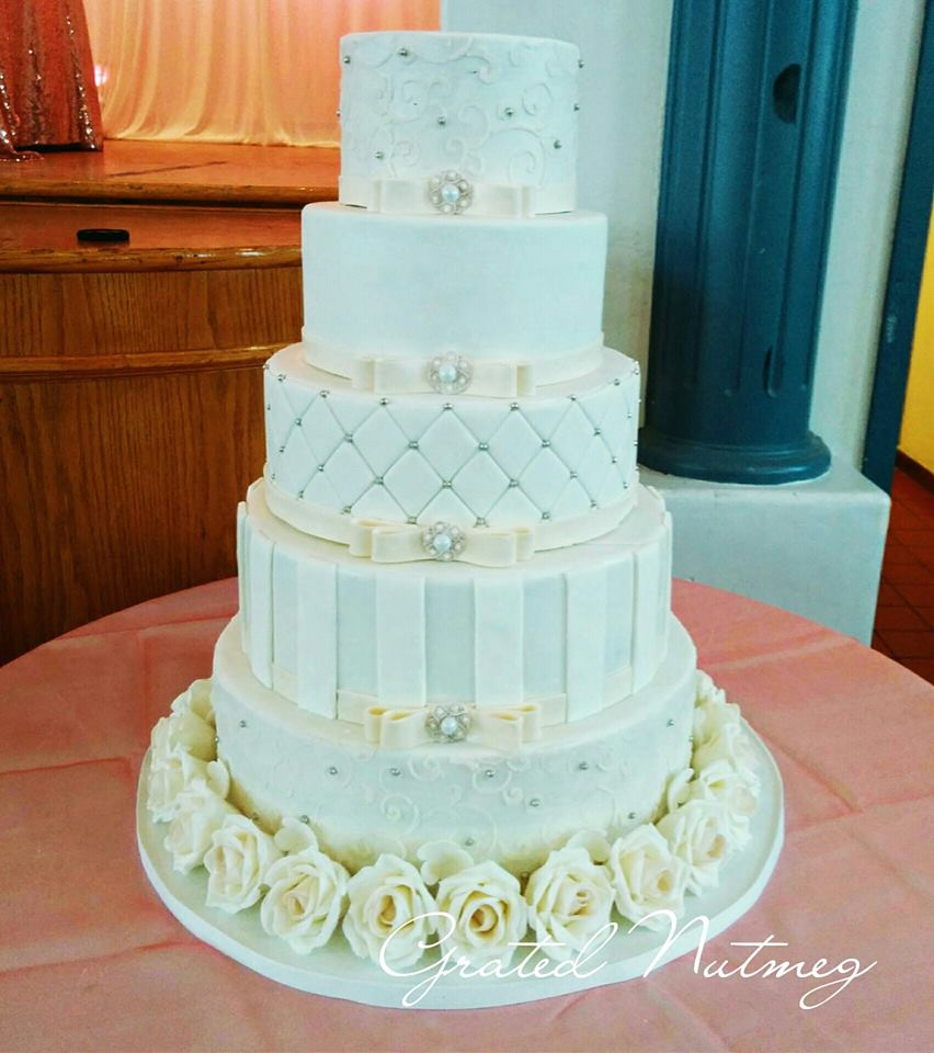 how to decorate a 5 tier wedding cake the of a five tier wedding cake grated nutmeg 15648